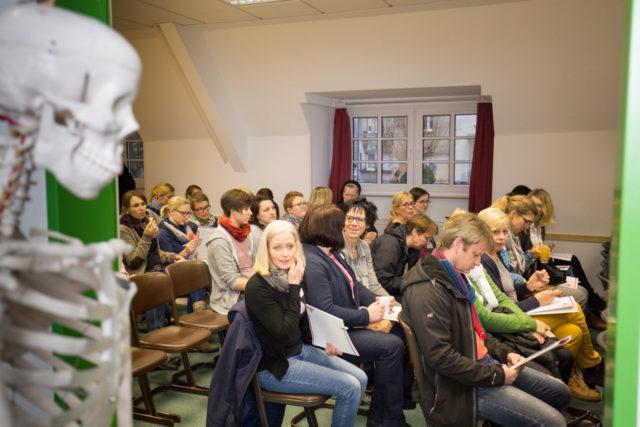 50 Mentoren, insgesamt über 60 Teilnehmer beim Mentoren - Arbeitskreis der Bildungsakademie